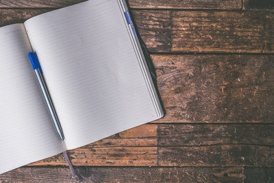 Why keep a commonplace book? It's easy to overlook information that interests us when we are overwhelmed by the volume of informationwe see every day.